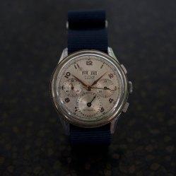 TITUS chronographe triple date, cal. Landeron 185, circa 1950.