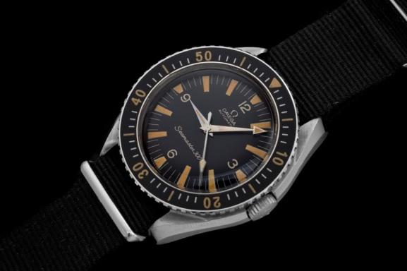 OMEGA Seamaster 300, réf. 165.024, numéro de série 20M (1964). Crédit : Anthony Marquié, Passion-horlogere.com.
