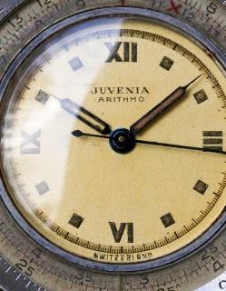 "JUVENIA Arithmo ""Hermetic"". Crédit : Menta Watches."