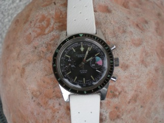 CARENY, chronographe Yachting, cal. Valjoux 7733.