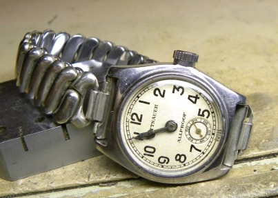 WITTNAUER Allproof, circa 1935. Crédit : Brian Hayes, Timezone.