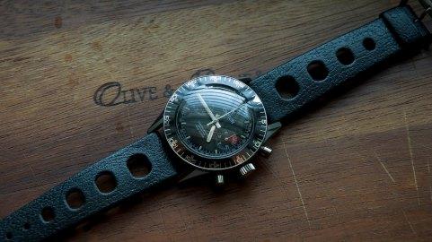 CROTON Chronmaster Aviator Sea Diver, circa 1970.