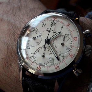 MINERVA chronographe décimal, réf. VD712, cal. Valjoux 72.