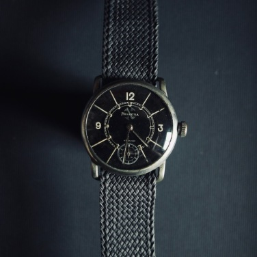 HELVEVIA Fliegeruhr, réf. 7010 V1, circa 1934.