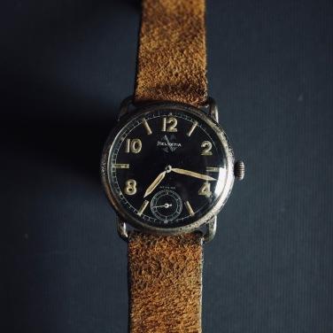 HELVEVIA Fliegeruhr, réf. 7010 V4, circa 1934.